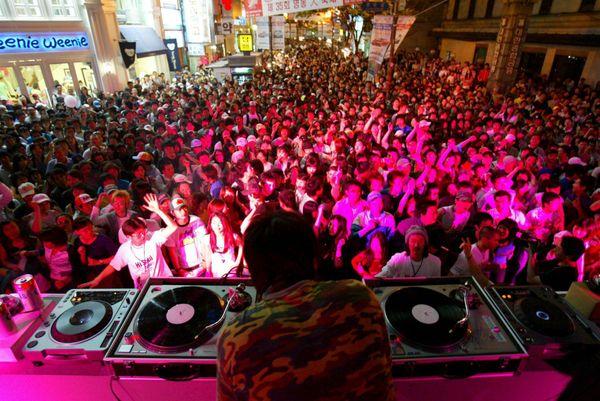 Hai visto? La lista delle discoteche a Milano e Roma