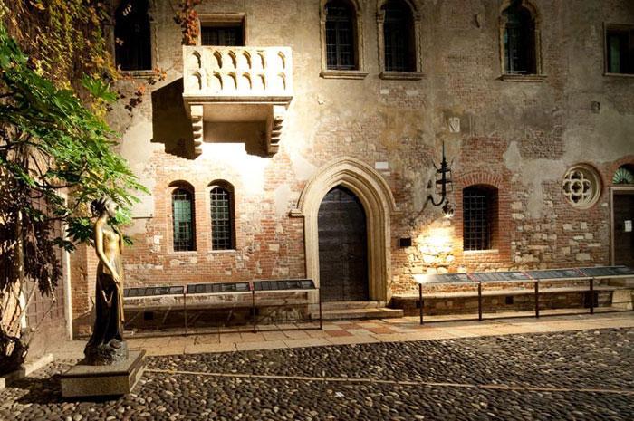 Hai visto? Visitare Verona in camper: attrattive e posti per parcheggiare