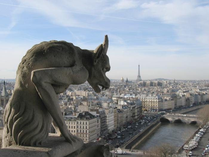 Hai visto? Dove dormire a Parigi spendendo poco: consigli per chi viaggia