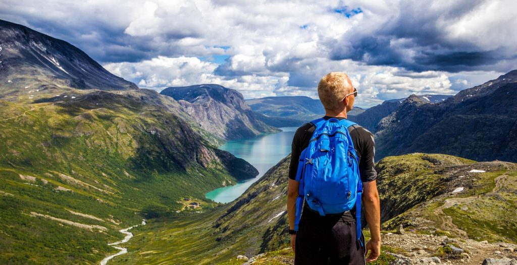 Hai visto? Viaggi e turismo responsabile e low cost