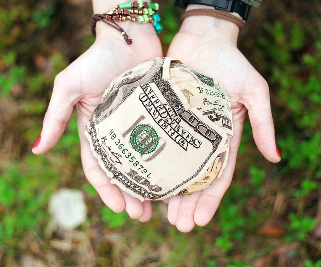 Hai visto? Come viaggiare senza soldi? Lavorando, facendo volontariato, oppure...